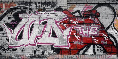 grafiti,gatvės menas,miesto menas,siena,fjeras,fasadas,menas,purkštuvas,Berlynas,kreuzberg,raudona