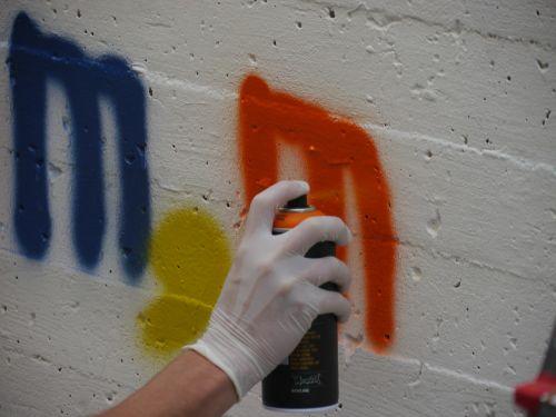 graffiti box s