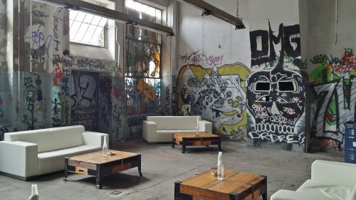 graffiti leave run down