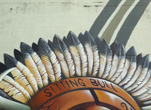 graffiti indians feather