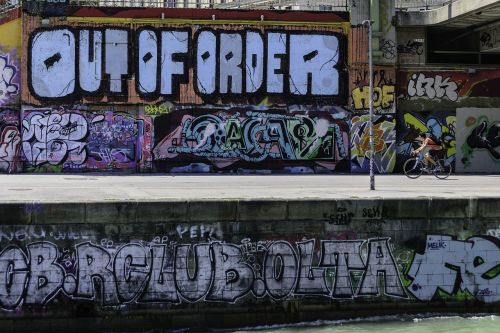 graffity wall graffiti