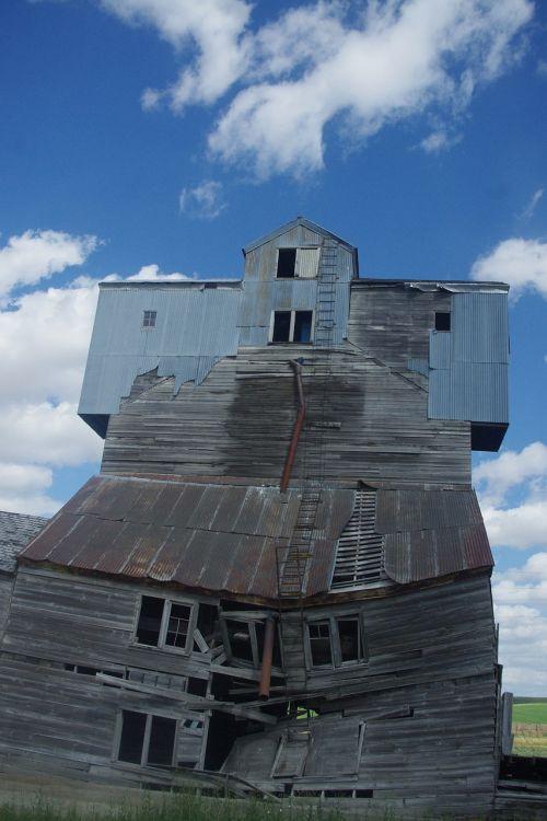 grain elevator decrepit