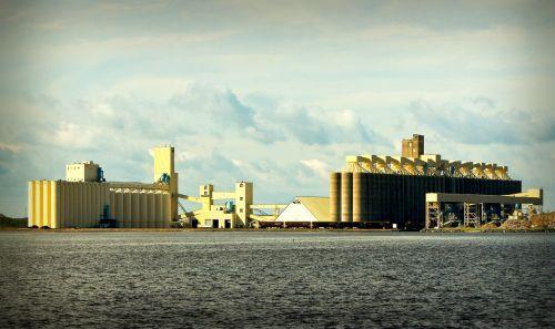 grain elevators lake superior wisconsin