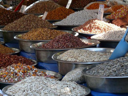 grains sunflower seeds mix