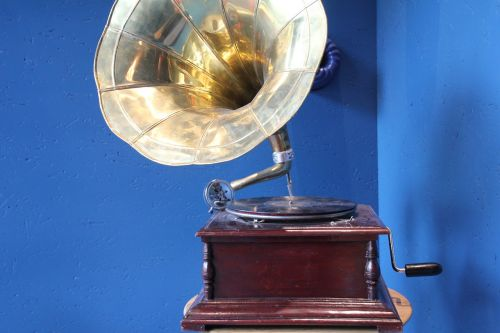 gramophone nostalgia turntable
