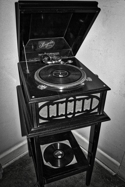 gramophone record player old
