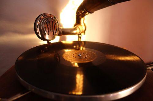 gramophones music tinge