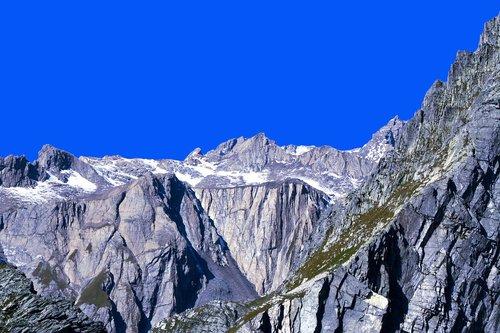 gran san bernardo  alps  the pennine alps