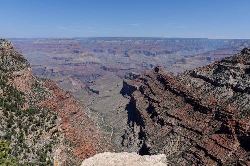 grand canyon gorge ledge