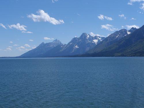 grand tetons mountains wyoming