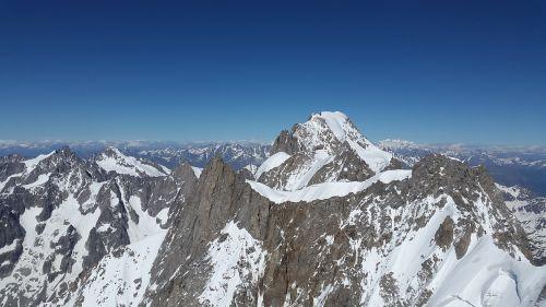 grandes jorasses mountains roche fort ridge