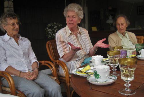tea party where is the cake grandma