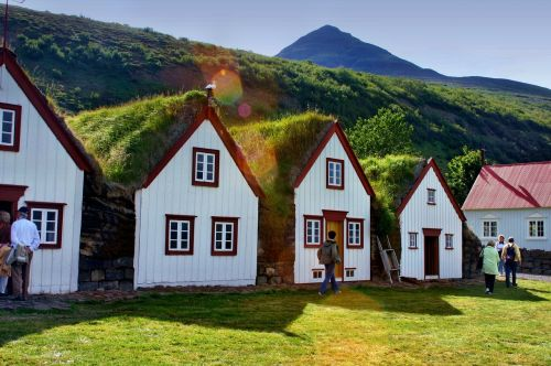 grass roofs iceland homes