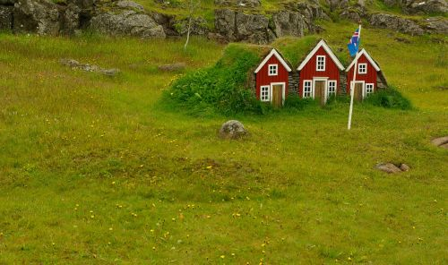grass roofs iceland chalets