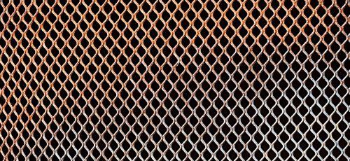 grate pattern mesh