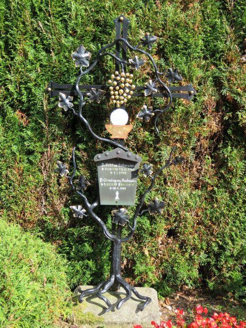 grave grave marker religious