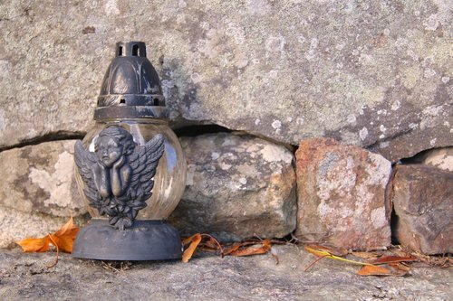 grave  lantern  autumn