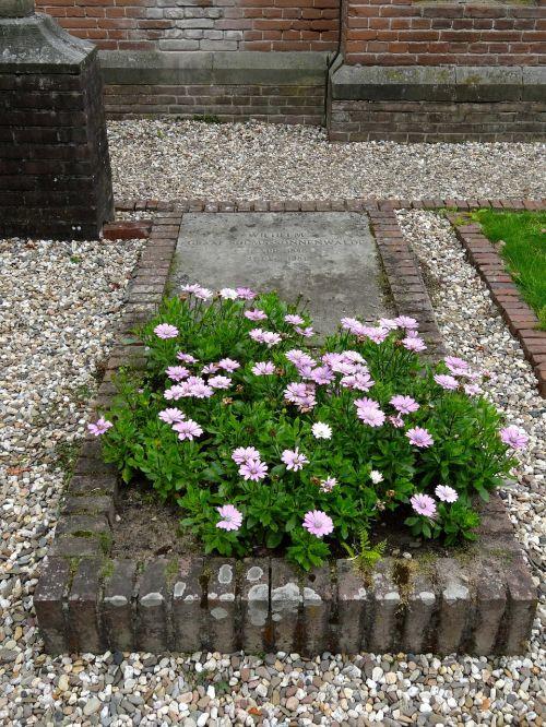grave wilhelm solms st marys chapel