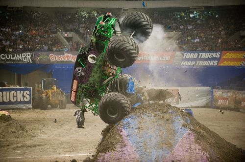 grave digger monster truck motor vehicle