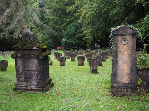 grave stones forest cemetery stuttgart cemetery