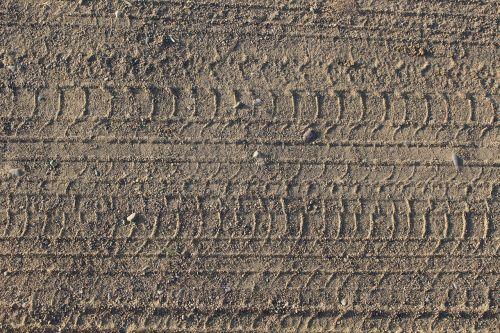 gravel road tire