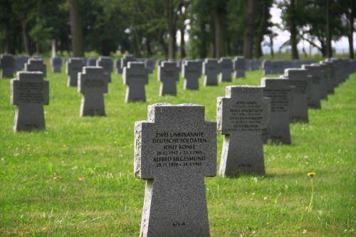 graves soldiers graves cheb cz