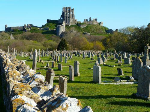 graveyard cemetary tombstones