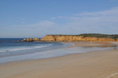 great ocean road rock cliff
