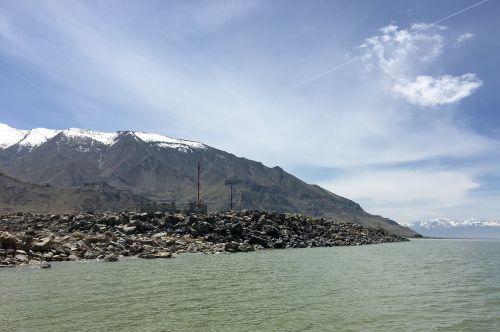 great salt lake mountain lake