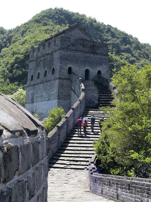 great wall of china defensive walls building