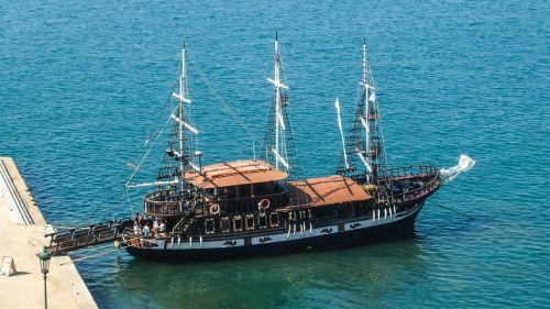 greece thessaloniki sailing vessel