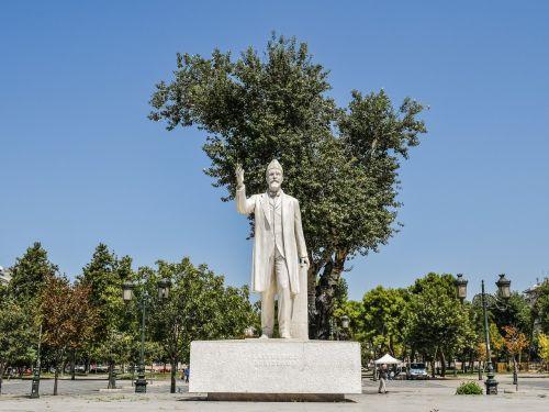greece thessaloniki statue