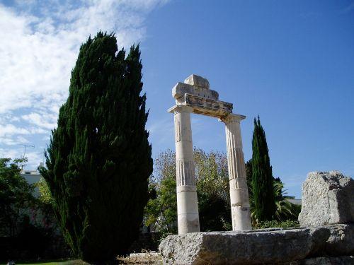 greek archaeology columns