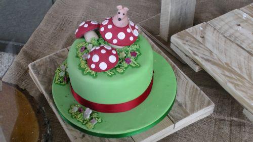 maistas, tortas, pyragai, saldus, saldainiai, desertas, gimtadienis, vakarėlis, valgyti, valgymas, žalias, žalias pyragas