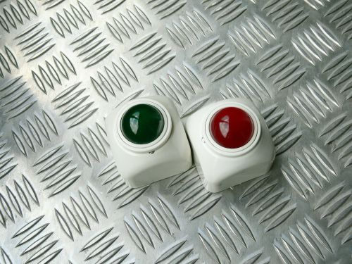 green red on-off signal lamp