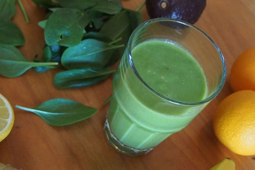 green smoothie mixed drink juice