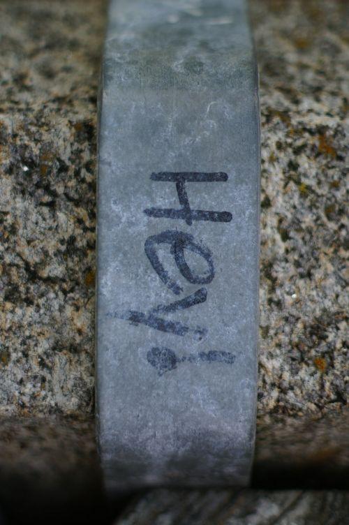 greeting graffiti iron