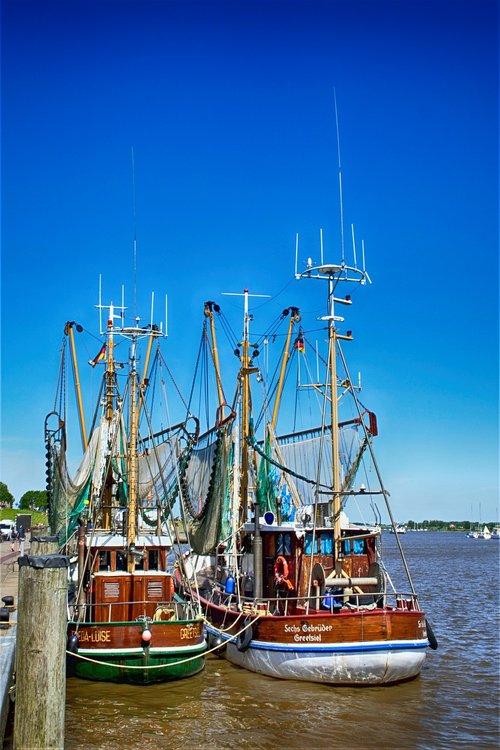 greetsiel  fishing vessel  port