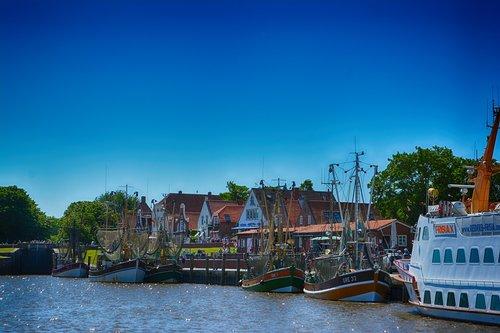 greetsiel  fishing village  fishing vessel