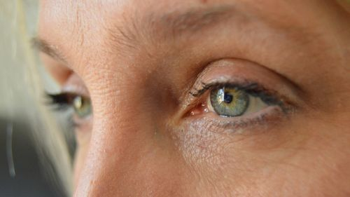 grey eyes face girl
