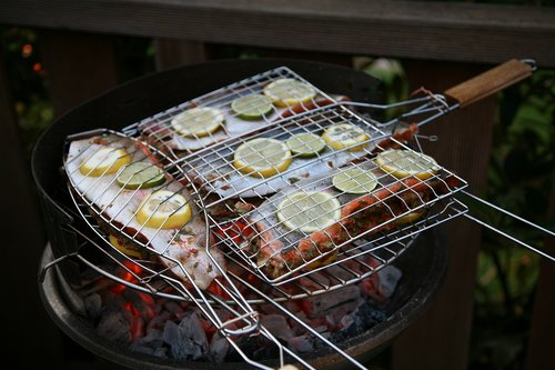 grill  barbecue  fish