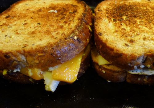 grilled cheese sandwich cheese