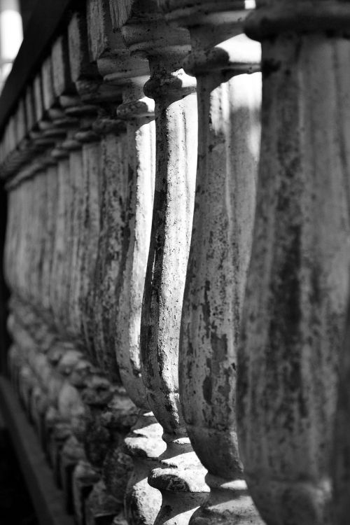 grills sculpture shadows