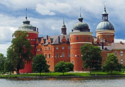 gripsholm castle mälaren söder mans land