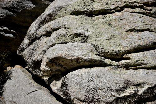 Groaning Rock