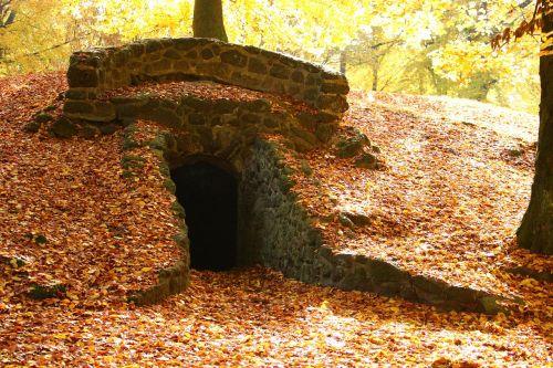 grotto cave ruin