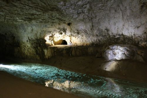 grotto provence miracle