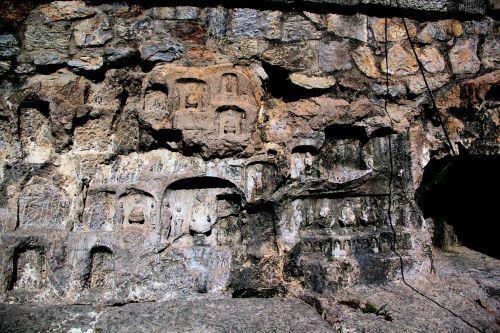 grote,budo urvas,senovės grottai,urvas,kalnas,uolingas,akmuo,vasara