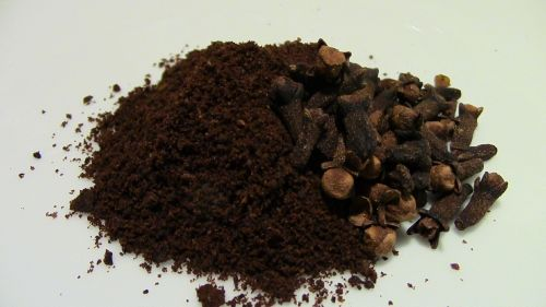 ground cloves spices food