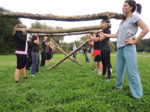 group training crossfit bootcamp